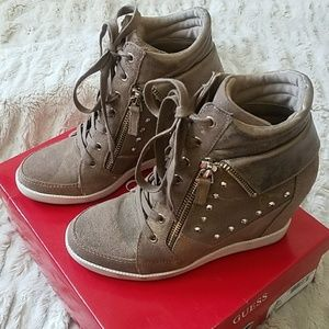 Guess sneaker wedges